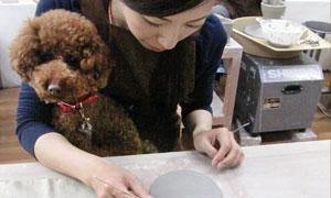 大切な家族の一員に、愛情を込めて作るペット陶芸体験