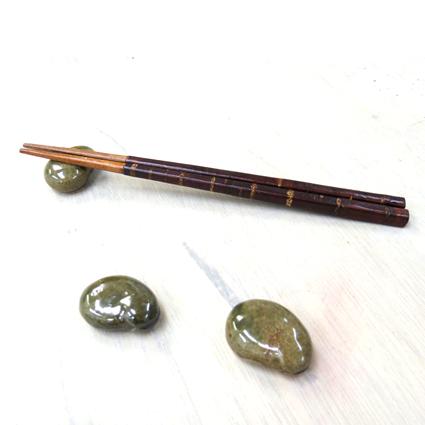 ブライダル記念のおすそ分けに手作り陶芸のプチギフト