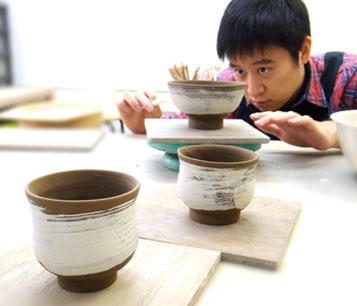 都内で本格志向の手作り陶芸ブライダルプレゼント